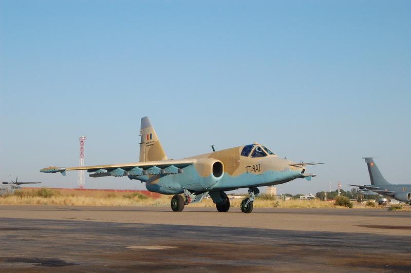 Да хотя бы схемы окраски Су-25